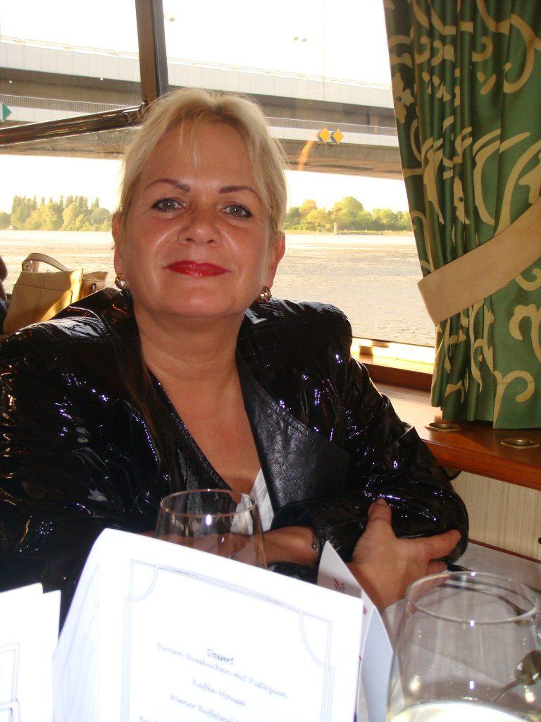 Ilona Stüberl Fodor Mária tulajdonos vezető